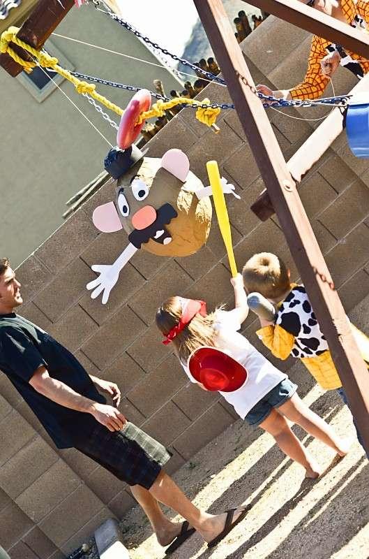 21 toy story birthday party ideas of potato head piñata