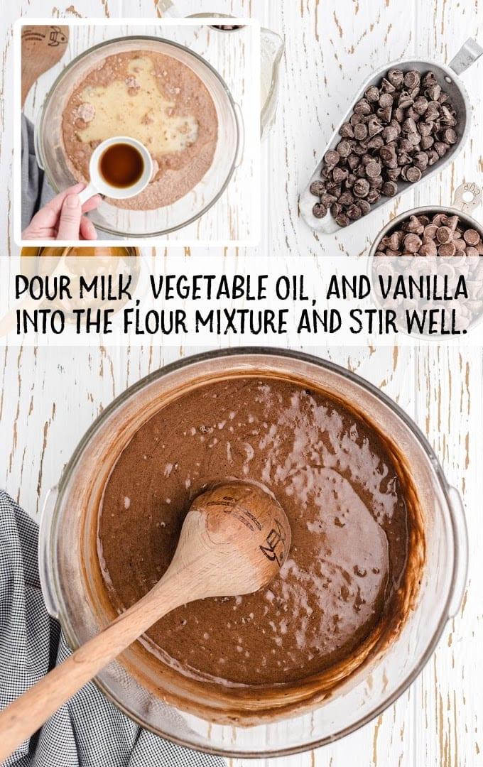 crockpot chocolate caramel cake process shot
