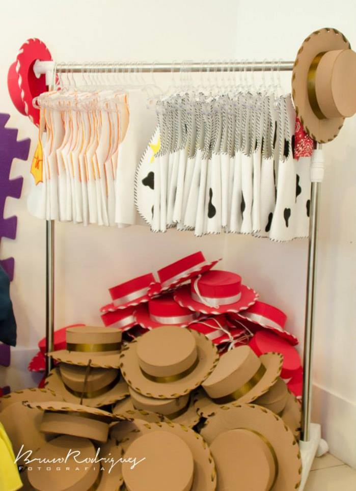 21 toy story birthday party ideas of toy story costumes