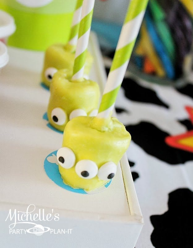 21 toy story birthday party ideas of alien marshmallow pops